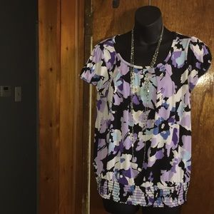 AGB Tops - Women's AGB top!! Very flirty!! SizeL!!!